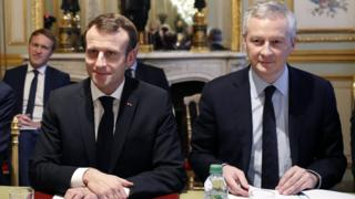 President Emmanuel Macron with Finance Minister Bruno Le Maire on 11 December 2018