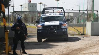 Security guard outside El Altiplano prison in Mexico - 14 January 2016