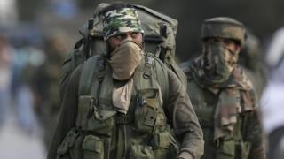Soldados indios en la zona de Cachemira.