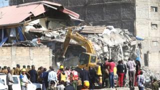 Selon le journal Star, une dizaine de personnes ont été évacuées avant l'effondrement du bâtiment.