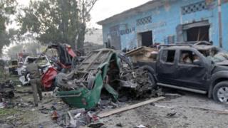 Ataque con bomba en Mogadiscio, Somalia.