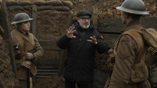 Sam Mendes talks with the actors