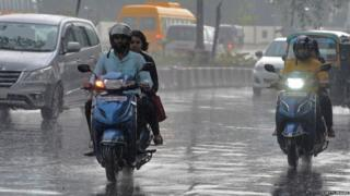 મુંબઈમાં વરસાદની તસવીર