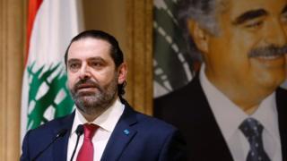 سعد حریری در پی ادامه یافتن اعتراضهای خیابانی در شهرهای لبنان سرانجام در برابر دوربین تلویزیون استعفا کرد