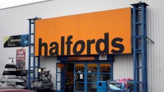 Halfords sign