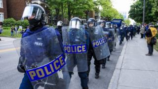 Soldiers and police officers in Quebec