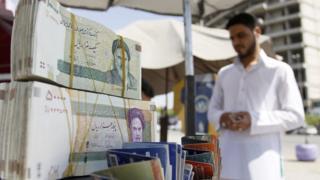 """دولت ایران ایران طول """"دوره گذار از """"ریال به تومان را ۲۴ ماه پیشنهاد کرده است"""