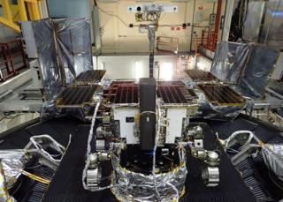 'Rosalind Franklin' Mars rover edges closer to launch