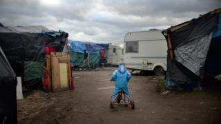 Child in Calais