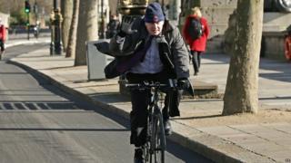 Boris Johnson cycling in London