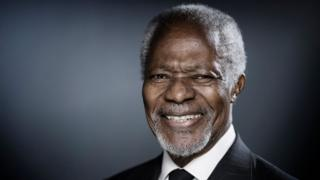 Former United Nations (UN) secretary-general Kofi Annan poses during a photo session in Paris on December 11, 2017