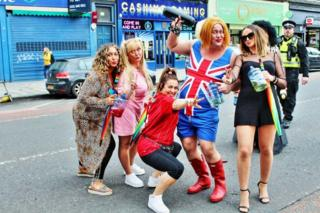 Spice Girl lookalikes at Leith Gala