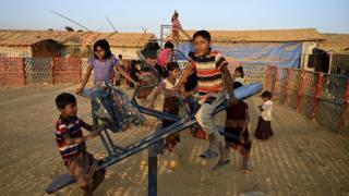 Balukhali ဒုက္ခသည် စန်းက ဒုက္ခသည် ကလေးများ