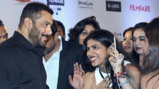 सलमान खान, शादी, सोशल मीडिया