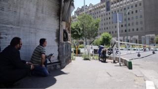 Operasyon sırasında güvenlik güçleri Meclis'i ablukaya aldı