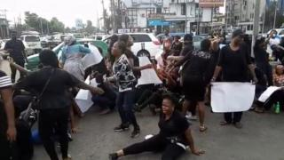 Protests on top Kata-kata