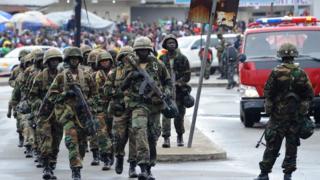 Des soldats de l'armée libérienne en exercice en 2016