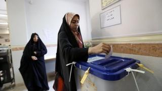 عکس از انتخابات میان دورهای مجلس