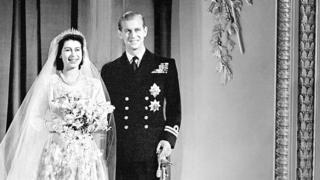 伊麗莎白二世與菲利普親王(20/11/1947)