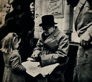Черчилль та дівчинка