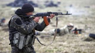 Український військовий, автомат Калашникова