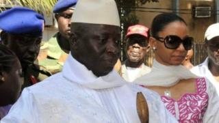 Jammeh ayaa dacwadda u gudbiyay maxkamadda. Wuxuu ku doodayaa in is dabamarin ay jirto