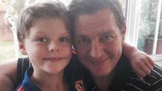 Stuart a Fraser Bates