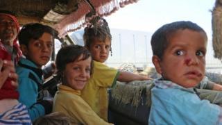 لا يوجد مكان محدد يمكن للأسر اللجوء إليه حال إجلائهم من إدلب