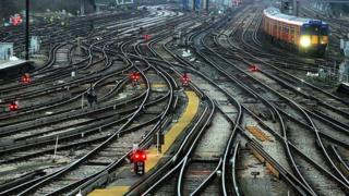 Train lines (generic)