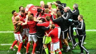 Wales players celebrate against Belgium