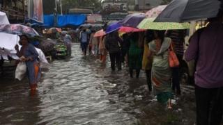 पाऊस, मुंबई