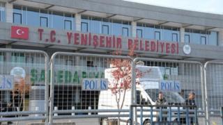 Yenişehir Belediyesi önü