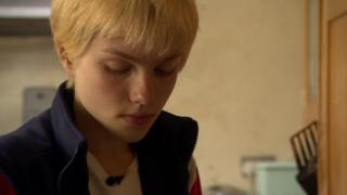 Millie tiene 14 años y fue diagnosticada con síndrome de Asperger hace dos años