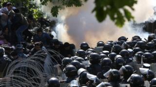 protestuclar ve polis