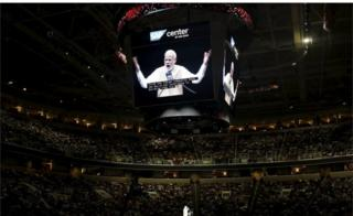Indian Prime Minister Narendra Modi (C) addresses the crowd during a community reception at SAP Center in San Jose, California September 27, 2015.