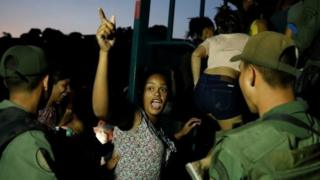 Detenidos por saqueos en Caracas.