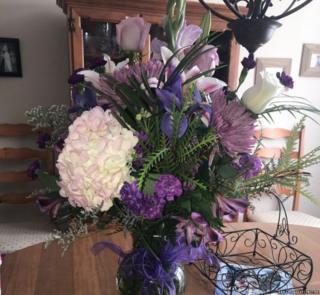 ช่อดอกไม้นี้เป็นช่อสุดท้ายแล้วที่เบลีย์จะได้จากพ่อในวันเกิด