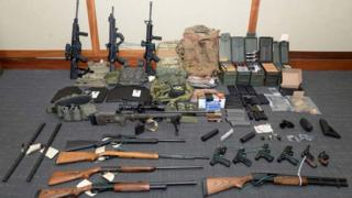 Armas y municiones fueron encontradas en la casa de Christopher Paul Hasson