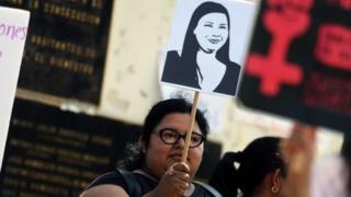Una protesta tras la muerte de Karla Turcios.