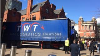 Lorry stuck in Cardiff