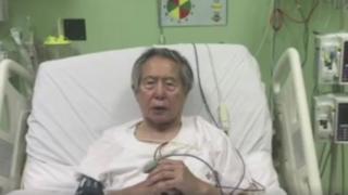 ภาพจากวิดีโอที่นายฟูจิโมริกล่าวขอบคุณผู้นำเปรูจากเตียงในโรงพยาบาล