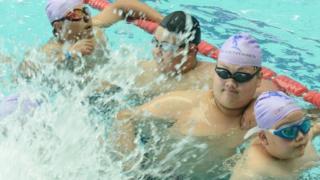 중국 정저우의 어린이 체중감량 여름 캠프