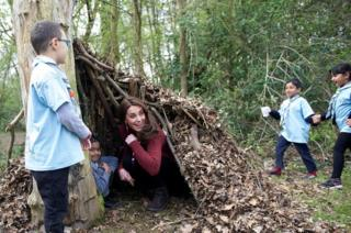 The Duchess of Cambridge puts the Beaver Scouts' den to the test