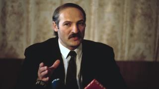 Александр Лукашенко в 1995 году