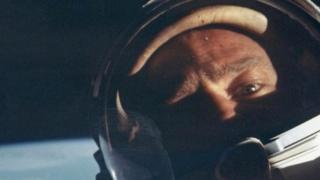 Базз Олдрин в космосе