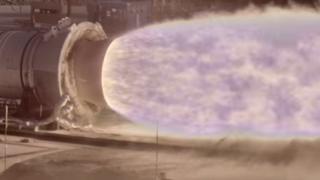 Imagen capturada por la cámara HiDyRS-X de las pruebas del motor QM-2 del Sistema de Lanzamiento Espacial de la NASA.