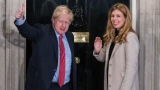 Boris Johnson y su pareja