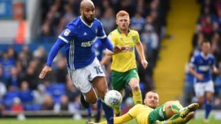 Ipswich v Norwich in a Skybet Championship match