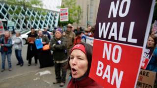 Protes kebijakan Trump