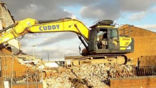 Tractor Cuddy